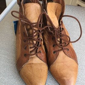 Vintage 1980's Leather Booties